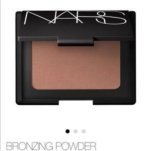 NARS Bronzing Powder Laguna